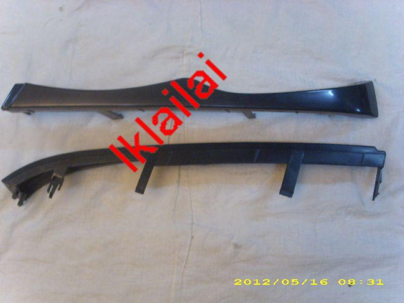 BMW 3 Series E46 '98 '02 4D Head Lamp Lower Eye Lip PP Material