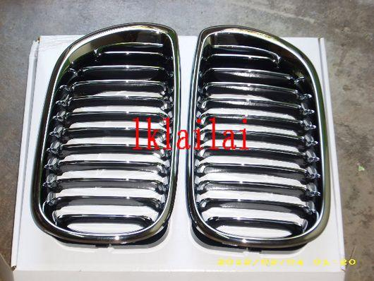 BMW E46 `02 4D RACING Grille with Chrome [BM02-FG04-U]