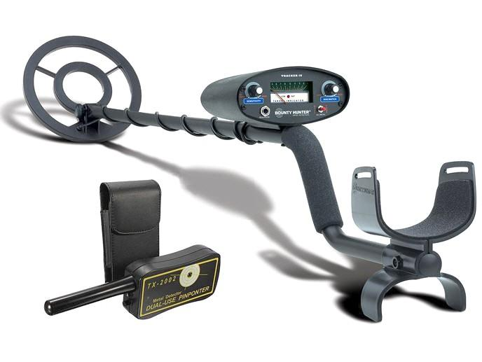 Bounty Hunter TK4 Tracker IV Metal Detector + FREE Pin-Pointer.