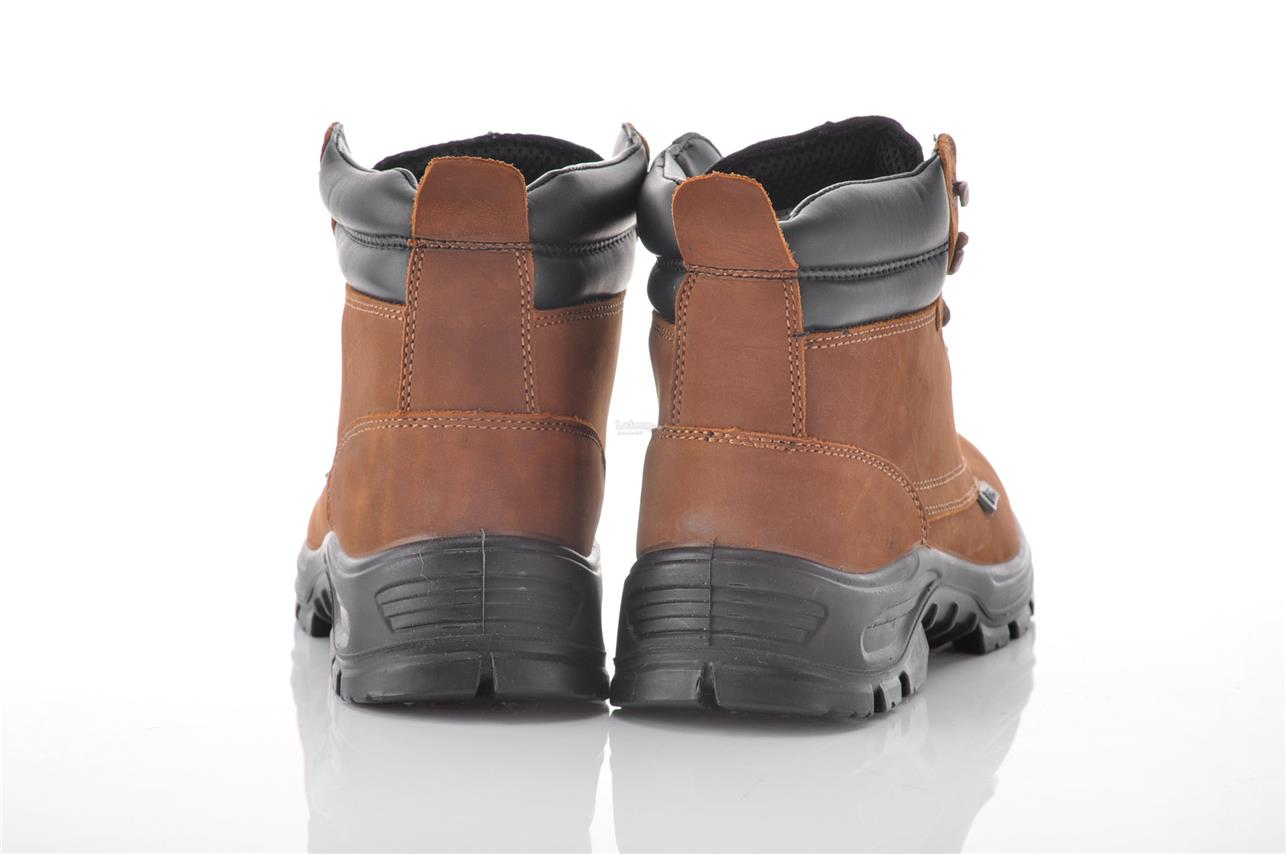 BOXTER NUBUCK LEATHER SAFETY SHOES WITH S3 SRC CE