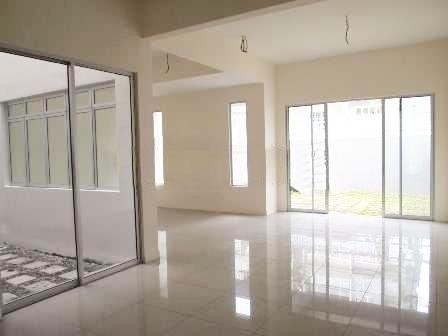 Brand New Freehold 3 Sty Link house for sale, salak selatan, guarded