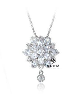 Bridal Prosperity Flower 18K Necklace