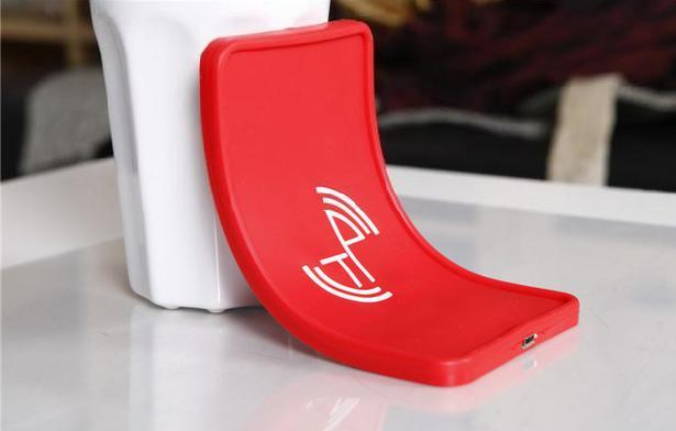 IN CAR SILICON Non-Slip WIRELESS CHARGer