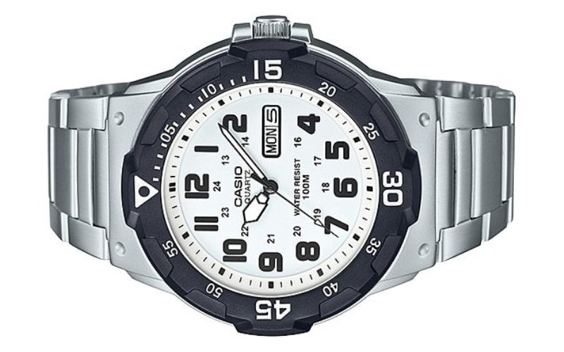 CASIO Men Analog Stainless Steel Sports Watch MRW-200HD-7BVDF