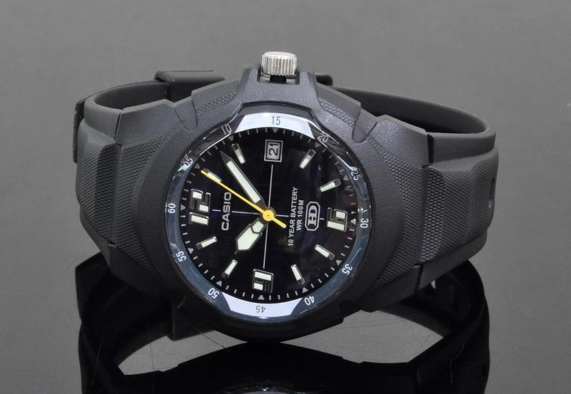 171b58a765a Casio Mens Analog Sports Watch MW-60 (end 10 1 2019 1 15 PM)