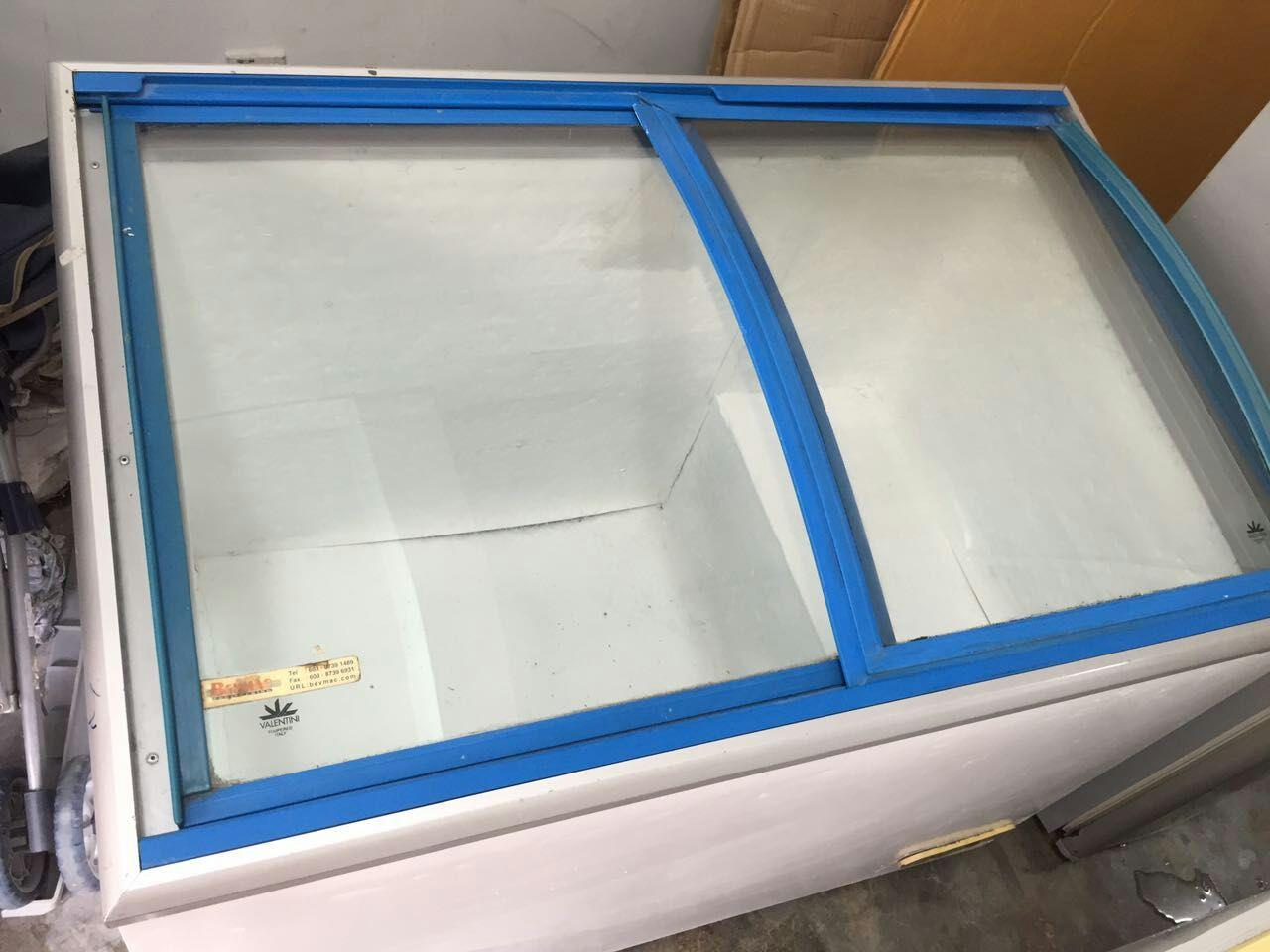 sliding glass door freezer