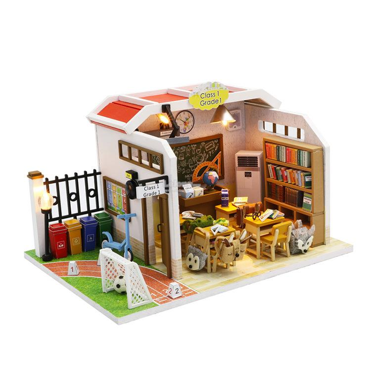 Class 1 Grade 1  with Light/Anti-dust cover DIY Miniature Doll House M