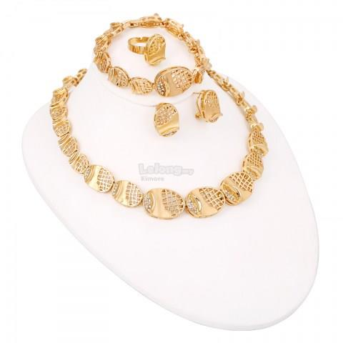 ?Classic Gold Plated Oval Shaped Jewelry Set