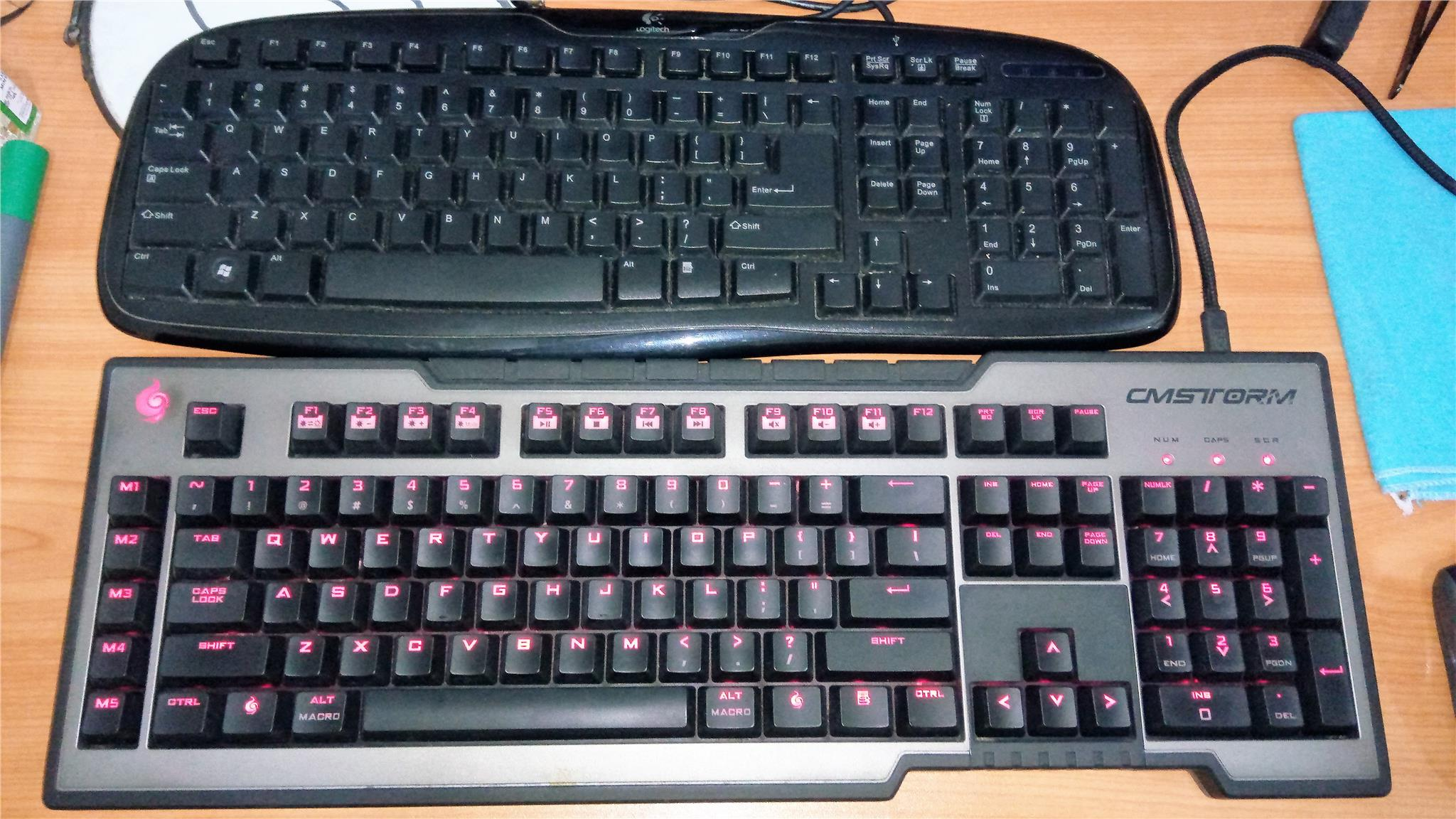 COOLER MASTER TRIGGER free Shipping and extra keyboard