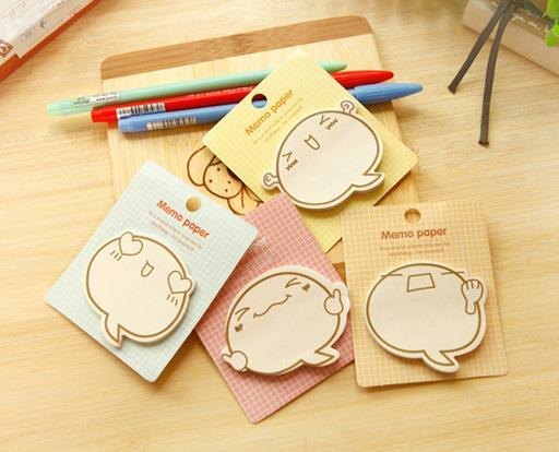 Cute Emoji Sticky Memo Pad (Set of 4)