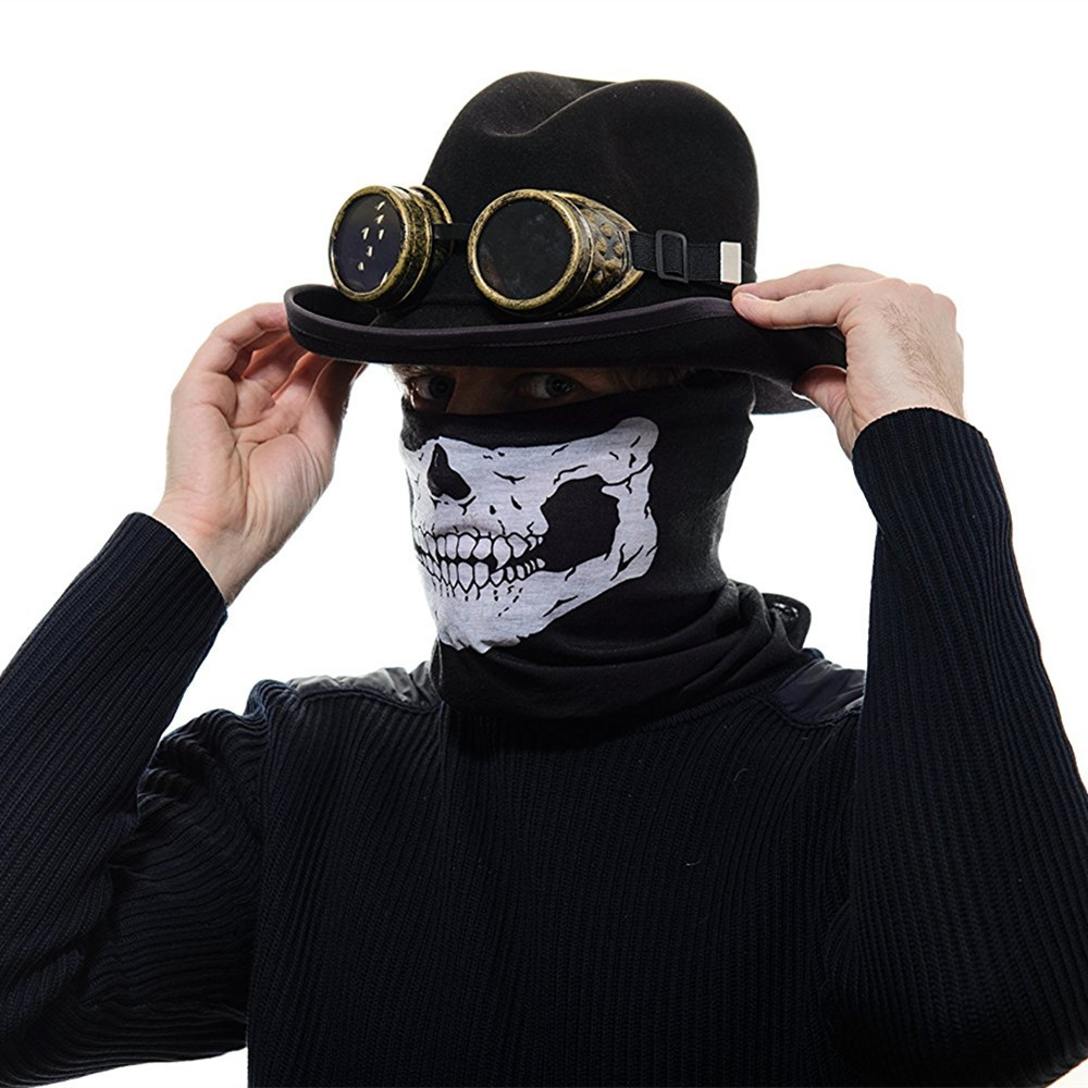 Картинки человек в шляпе и в маске