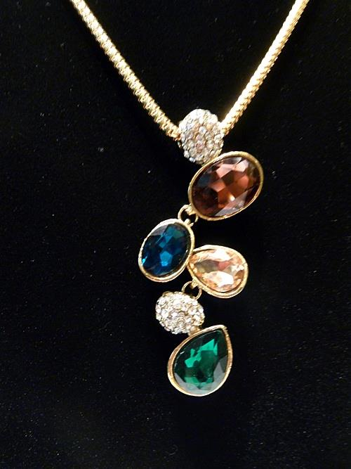 De Jessica Classic faux Gemstone Short Necklace (Free Shipping)