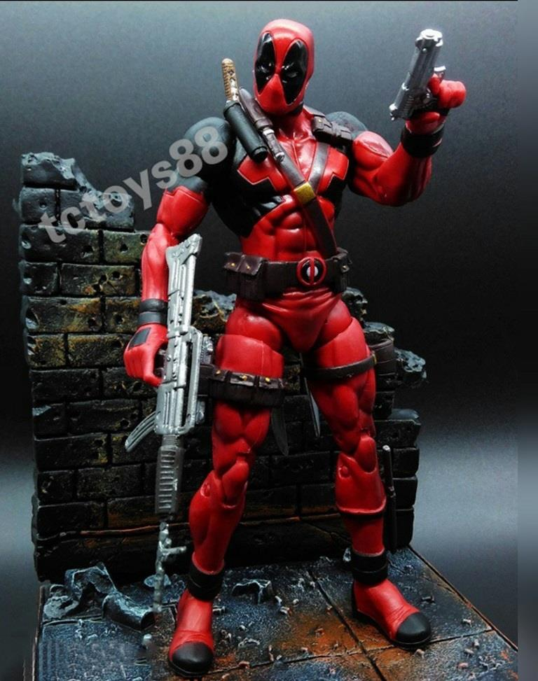Deadpool Action Figure. Marvel Select. SALES.!!!
