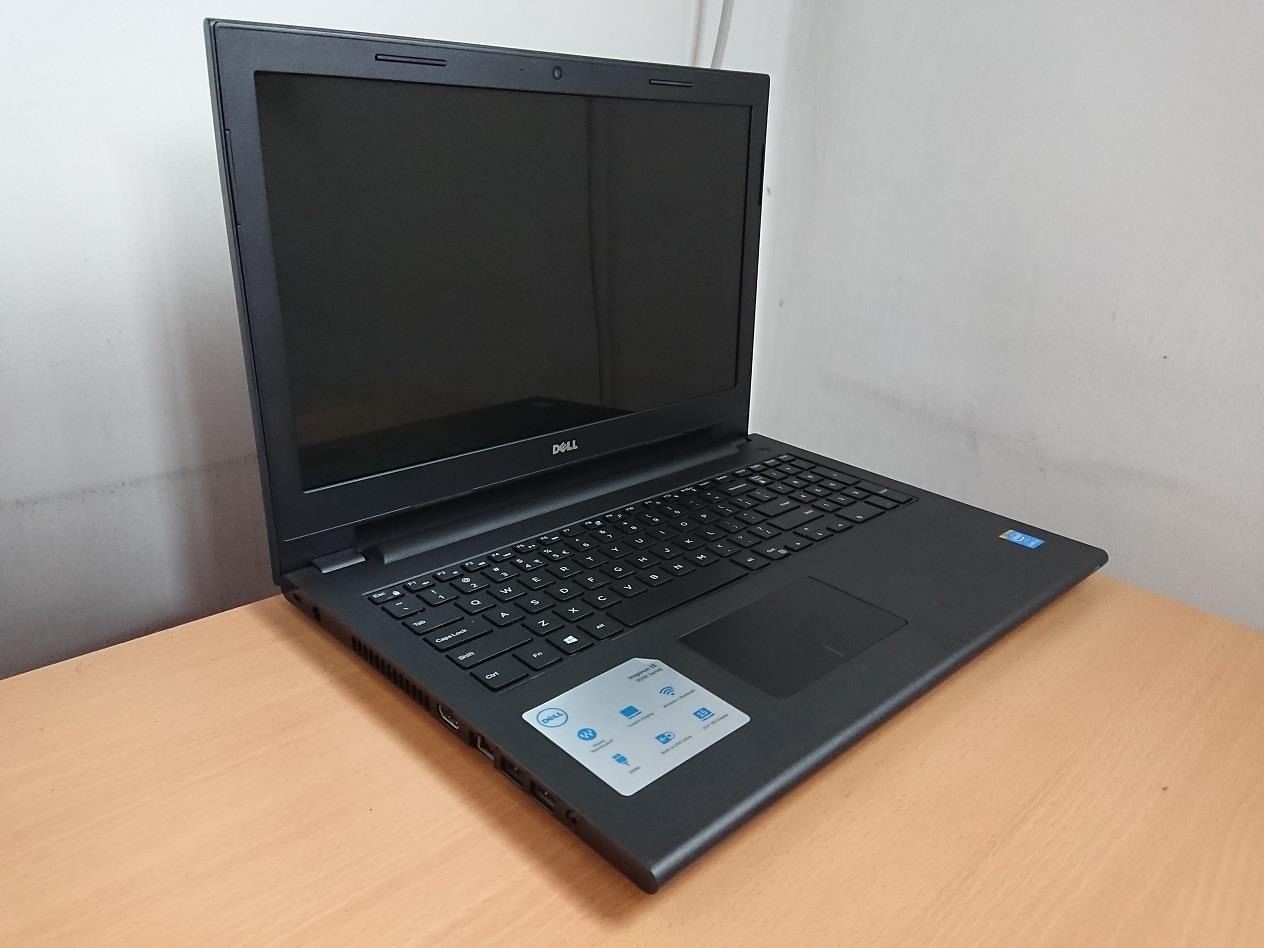 Dell Inspiron 15 3000 Series i3-4005U 4GB Ram 500GB HD 2GB Graphics