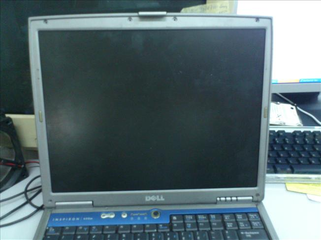 Dell Inspiron 600m Notebook LCD n Parts 121211