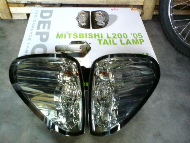 DEPO Mitsubishi Triton Tail Lamp Led Smoke per set