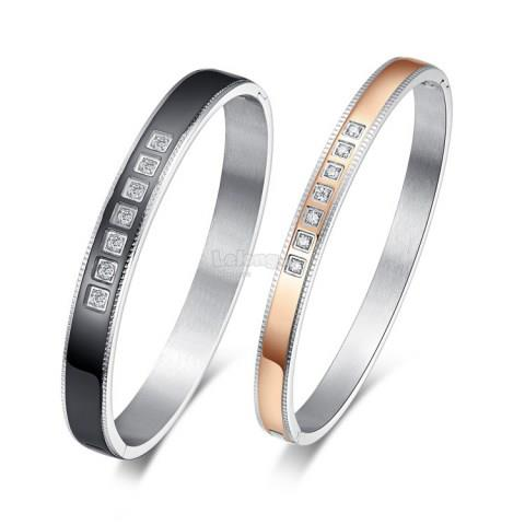 Diamond Embellished Hinge Clasp Bangle