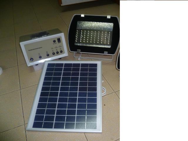 DIY Long Lasting 12V Solar LED Spot (end 6/19/2020 10:24 PM)