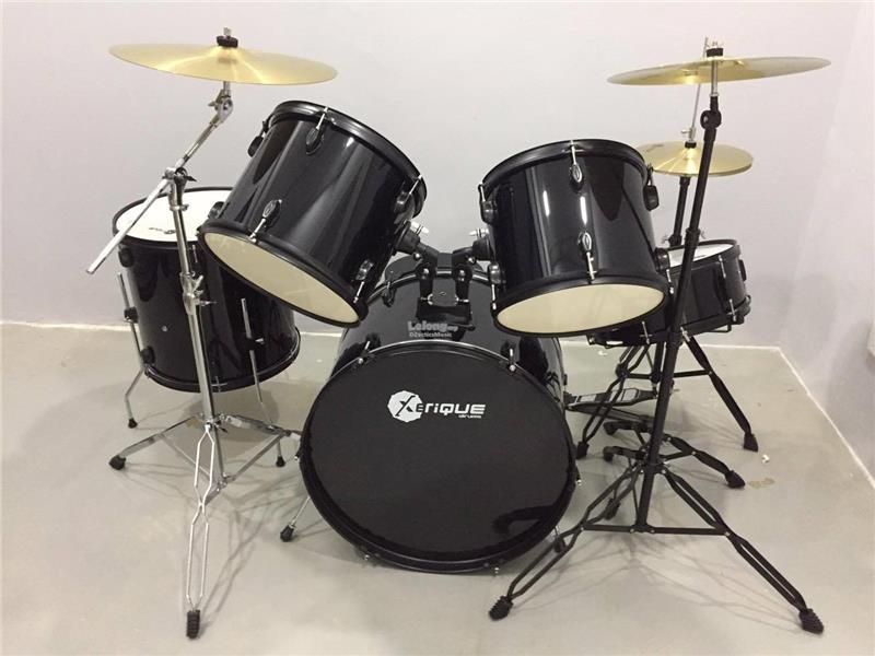 drum set drumset full complete se end 2 23 2018 10 15 pm. Black Bedroom Furniture Sets. Home Design Ideas