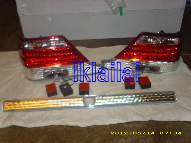 EAGLE EYES MERCEDES BENZ W140 '94-98 CLEAR/RED/CLEAR LED Tail Lamp