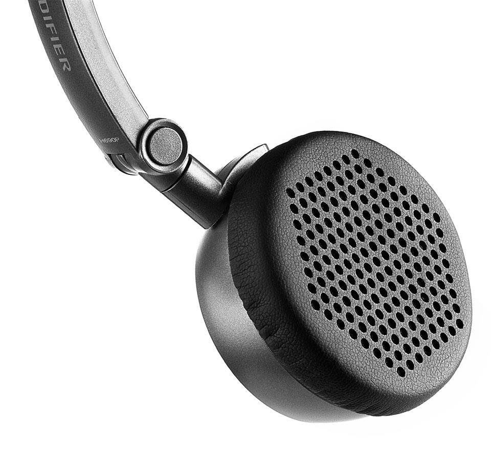 Edifier P690 Hi-Fi Inline microphone and button On-ear Headphones