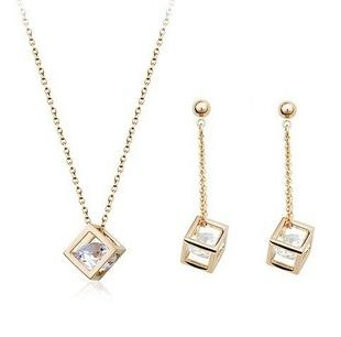 Elegant Cube Diamond Earring Necklace Set