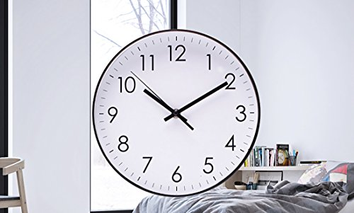 ..// Epy Huts Wall Clock for Living Room,Indoor Non-Ticking Silent Quartz Quie