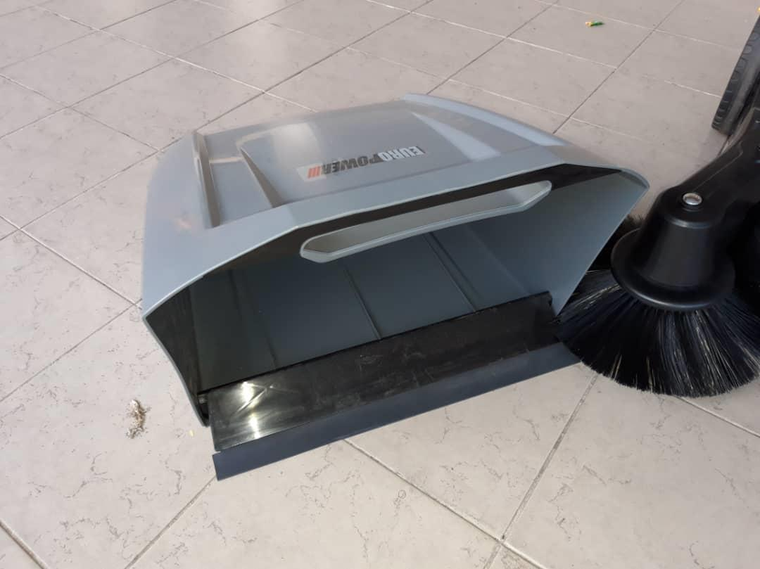 EUROX VAC7000 Manual Floor Scrubber