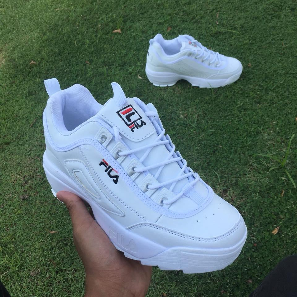 new style 8fce2 0a86d Fila Shoes for Women Sport Casual Sneakers Running Shoes