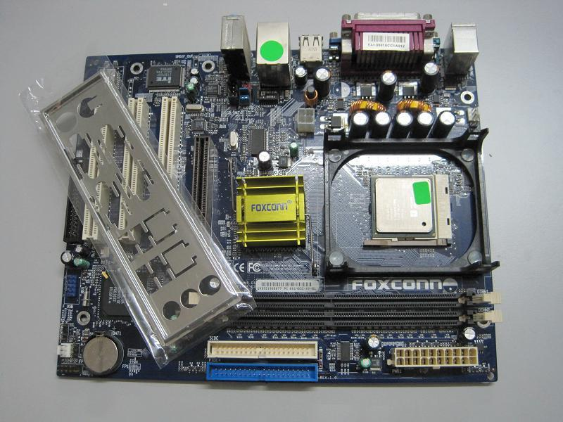 Foxconn Socket 478 Motherboard **All built in** free processor