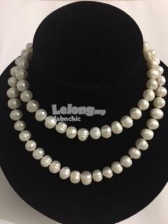 Freshwater pearl necklace 30 inch strand white colour