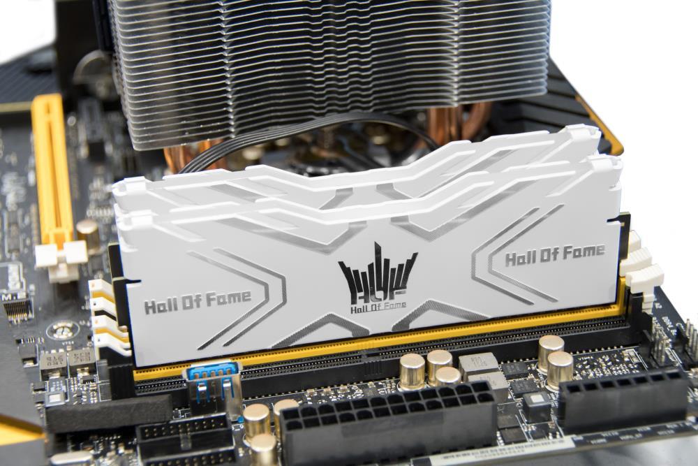 GALAX HOF II RGB 3600MHZ 16GB (8GBx2) DDR4 RAM (White)