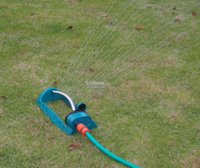 Garden 15 Holes Sprinklers Plastic Aluminum Tube Swing Sprayer