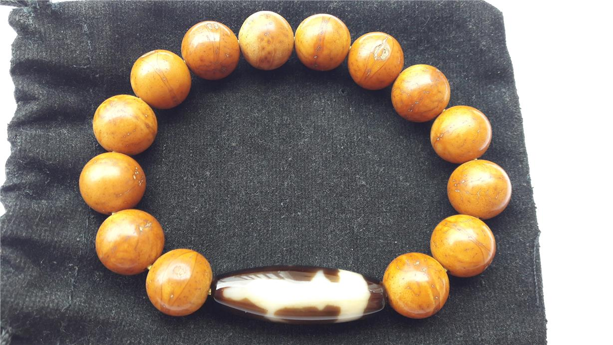 Genuine 13.5mm Bodhi seeds bracelet beads with Kwan Yin dzi