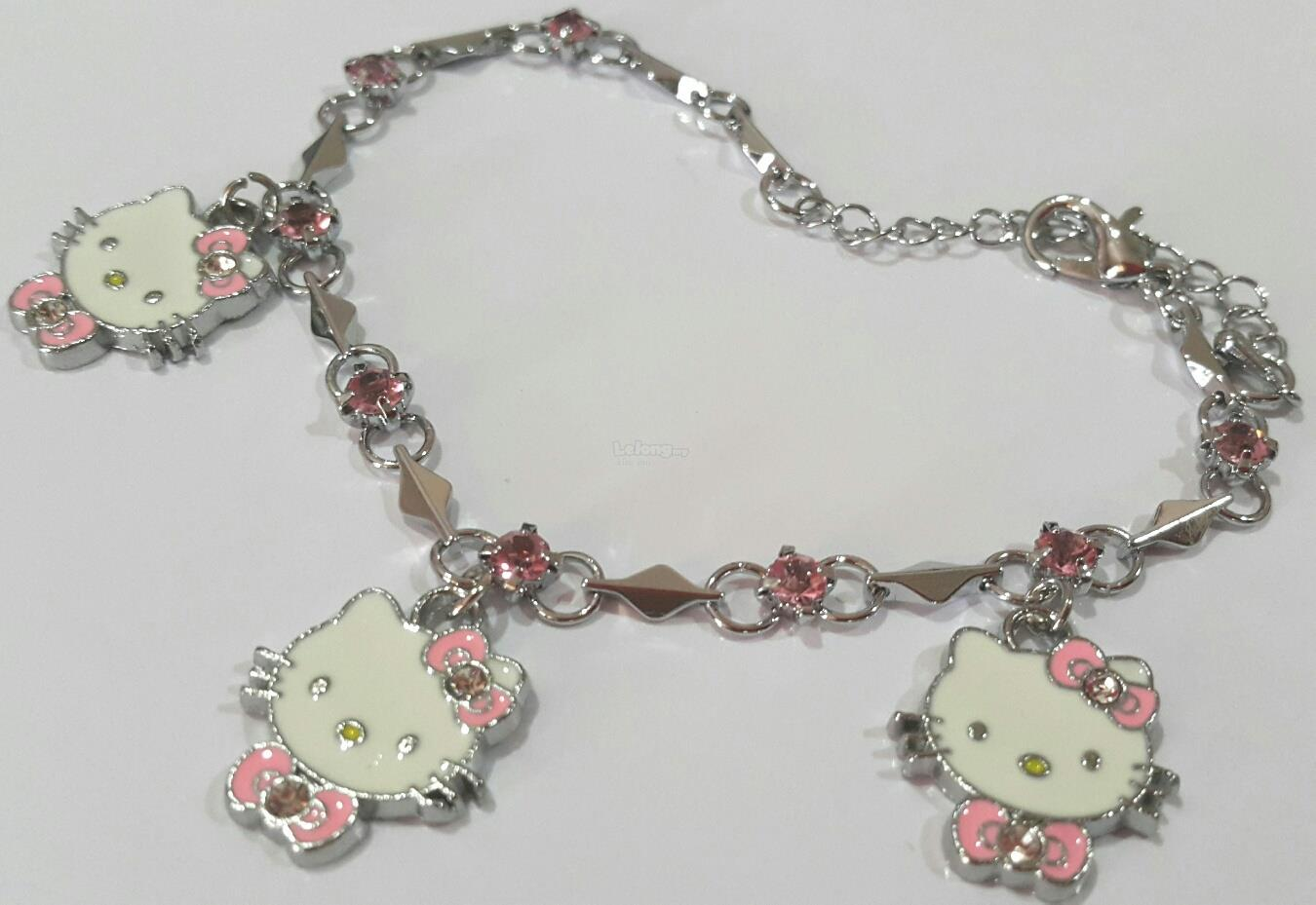 f6d41c8fb82c4 Girl's Bracelet - Hello Kitty Designs 4