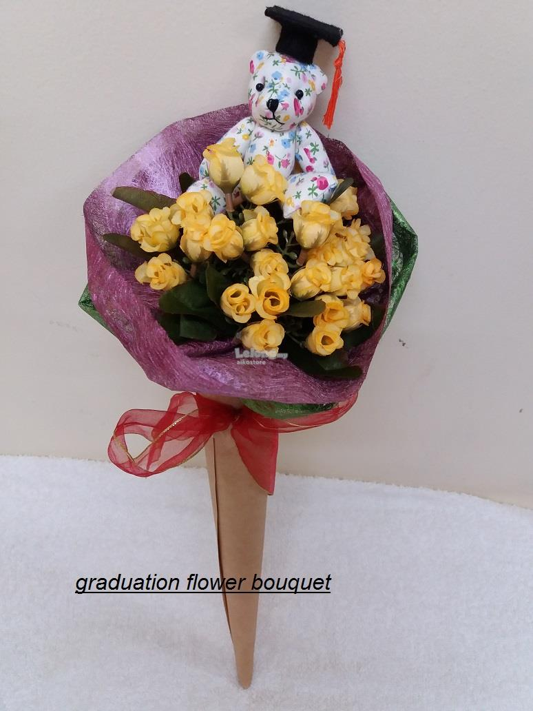 graduation flower bouquet (end 11/29/2017 8:15 PM)