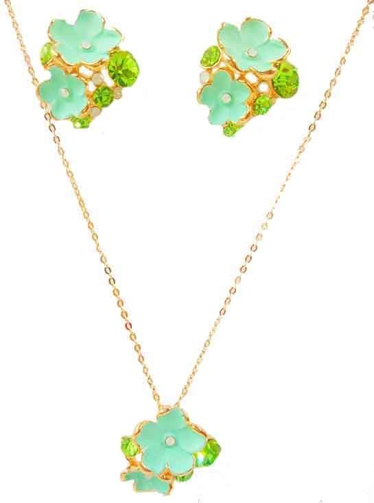 Green Layered Flower Necklace and Earing