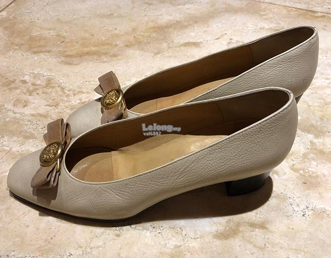 Grey A. Testoni high heels/ladies shoe/kasut tumit tinggi