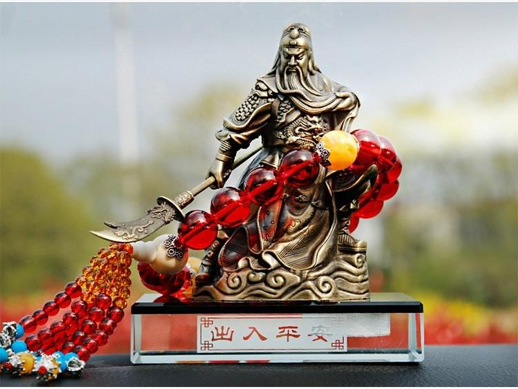 Guan Gong Statue Car Perfume Seat Air Ornament Interior Decoration
