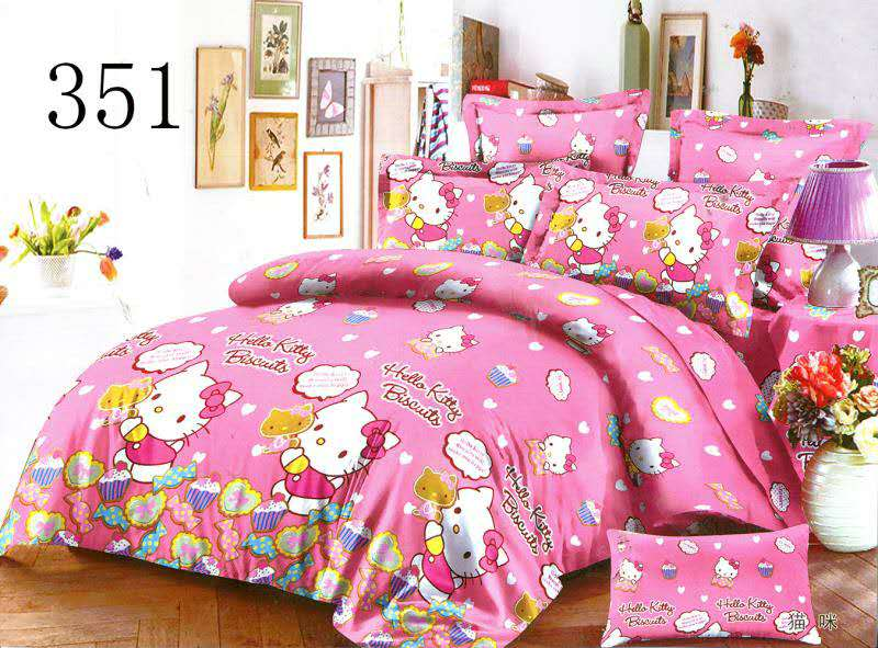Hello Kitty Queen Size Ed Bedding Set