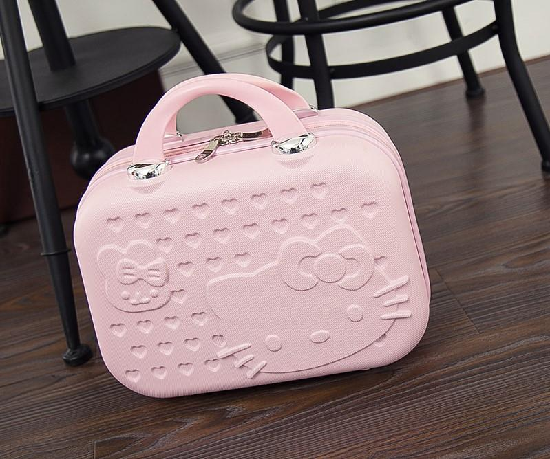 Hello Kitty Weekender Bag Cosmetics Bag Travelling Bag Makeup Storage 37999517e1