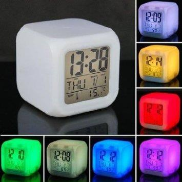 HELLO KITY 7 COLORS CLOCK DIGITAL COLORS CHANGING