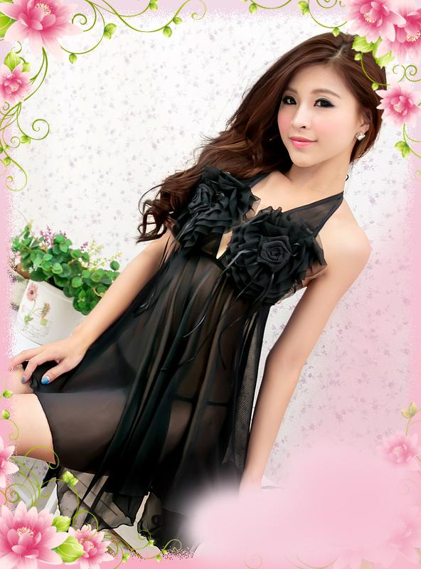 High Quality Halter-style Rose Lingrie + Panties (Black)