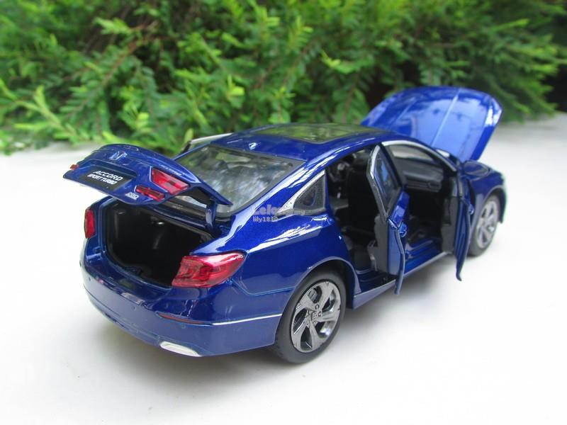 HONDA 1/32 Diecast Model Car 2018 Honda Accord Sedan Sport Blue
