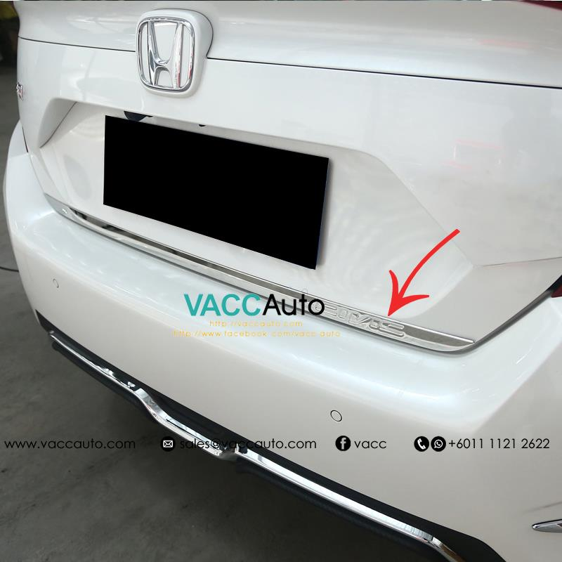 Honda Civic (10th Gen) Rear Bonnet Chrome Garnish