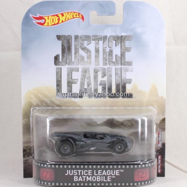 Hot Wheels Retro Entertainment Series Batman Justice League Batmobile