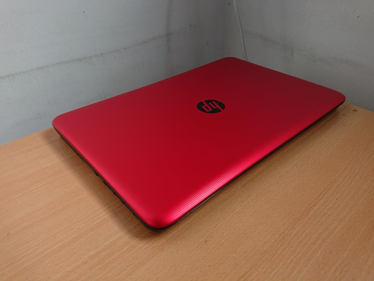 HP 15-AY023TX i5-6200U 4GB Ram 1TB HDD 2GB AMD Radeon R5 M430 Graphics
