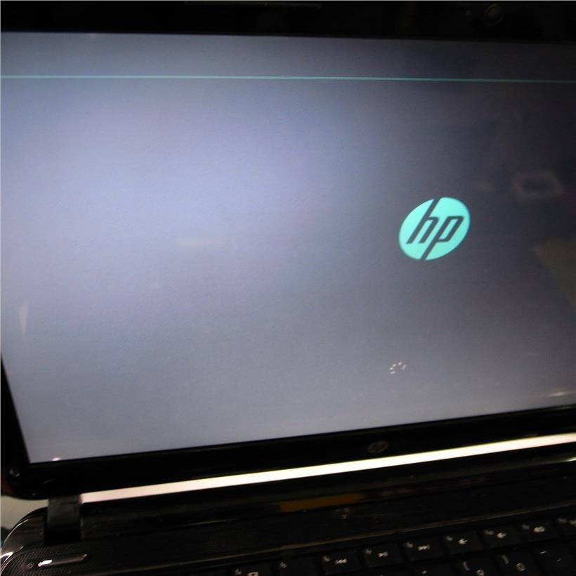 Hp Pavilion SleekBook AMD 4GB 500GB 14 Inch Notebook Laptop Rm570