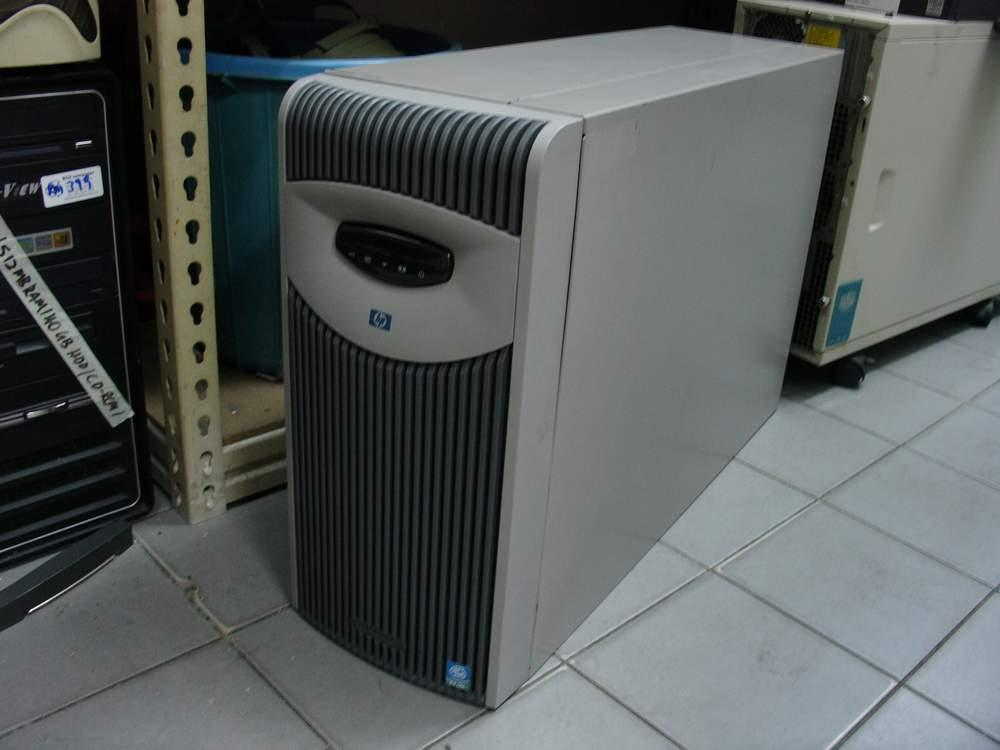HP ProLiant ML350 G3 SERVER