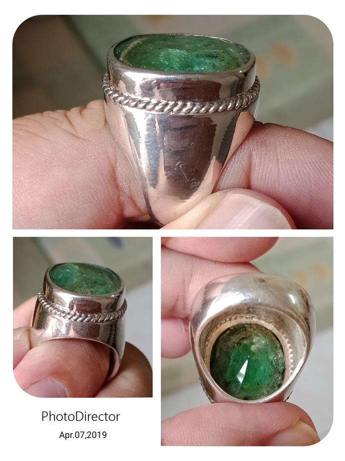 Huge solid pure silver with 28carat Zambian Emerald man's ring